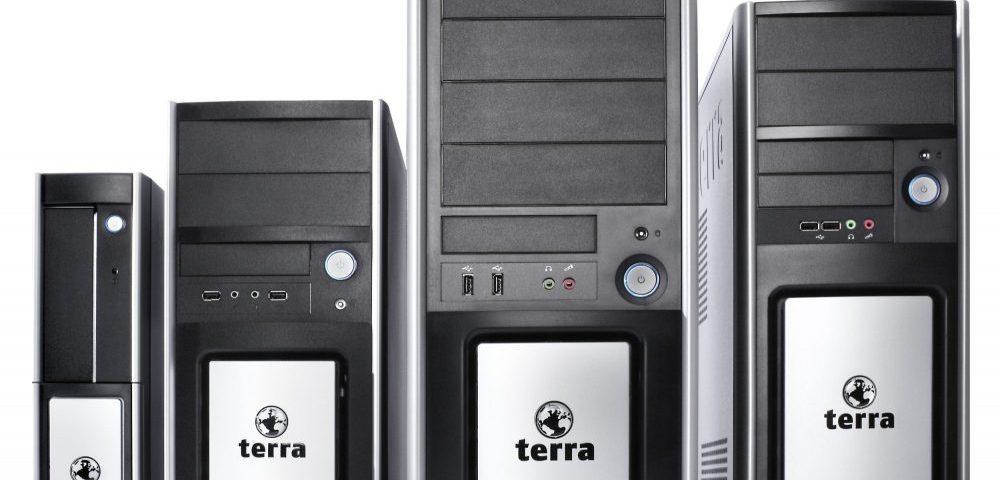 TERRA PC Geaeusefamilie_frontal